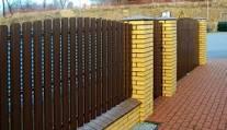 Забор из евроштакетника установить
